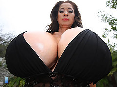 Mature slut with enormous jugs in nasty sex scene [3 movies]