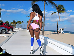 Amazing hot booty shorts roller skating babe gets picked up in fort lauderdale for some hot hard fucking and cumshot action 4 sex vids [4 movies]