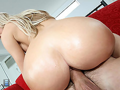 Jessica Lynn sucks off massive black cock [3 movies]