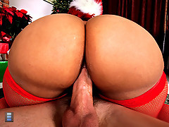 Sexy ebony girl with hot xmas outfit huge round ass and big jucy tits [4 movies]