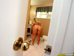 Thick juicy ass girl with great rack in fish net stocking fucks a huge cock watch her get her pussy pounded [12 pictures]